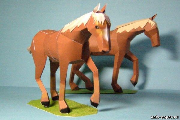 Объемная поделка лошади