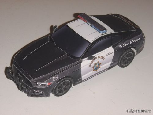Бумажная модель 2015 Ford Mustang California Highway Patrol (Kin Shinozaki)