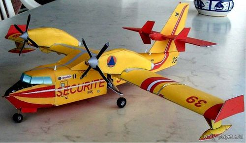 Бумажная модель Canadair CL-415 (Bob's Card Models)