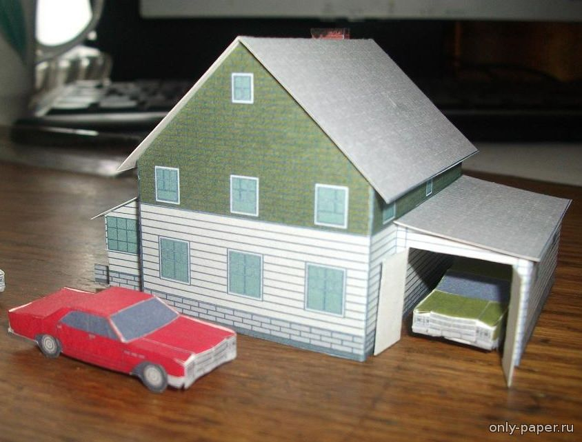 Как сделать в бумагами домик