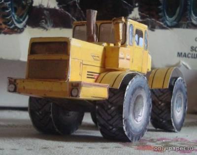 Модель колесного трактора Кировец К-701 из бумаги/картона