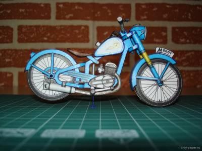 Модель мотоцикла Manet M-90 из бумаги/картона
