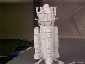 """Модель космического корабля """"Стервятник"""" из бумаги/картона"""