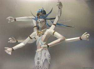 Модель статуи Camellia из бумаги/картона