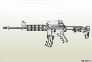 Модель автомата Colt M4 из бумаги/картона